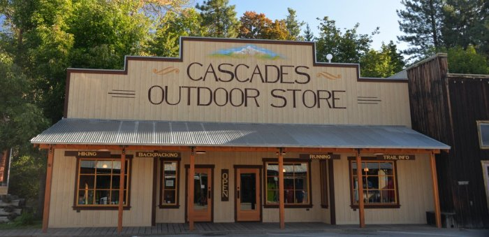 Cascades Outdoor Store Winthrop Washington